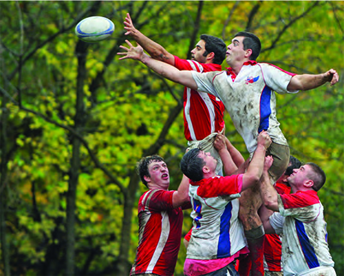Fairfield rugby team performs a line-out