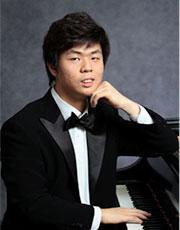 Pianist Jun Hwi Cho
