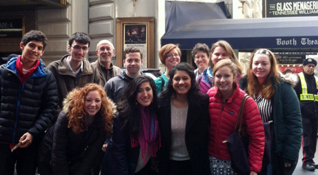 Honors Programs goes to NYC to watch Glass Menagerie