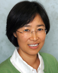 Image of faculty member, Hyun Uk Kim