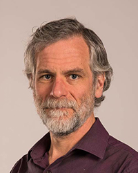 Image of faculty member, Stephen Sawin