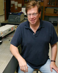 Image of faculty member, David Winn
