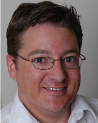 Image of faculty member, Steven Bachelor