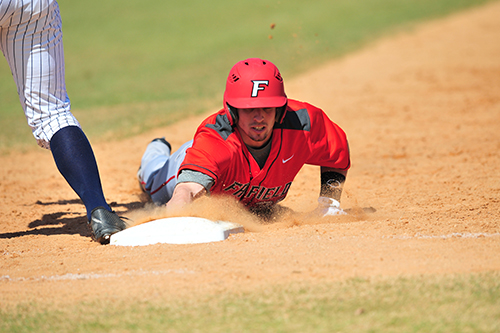 A Fairfield U baseball player stealing a base
